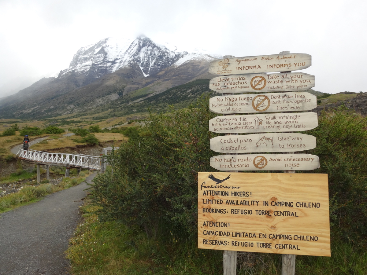 Excellent signposting and wayfinding along the track