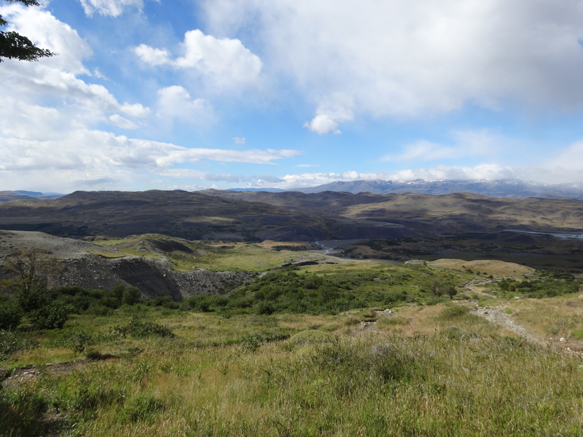 The clouds cleared and gave us a beautiful sunny view on the way to Campamento Torres