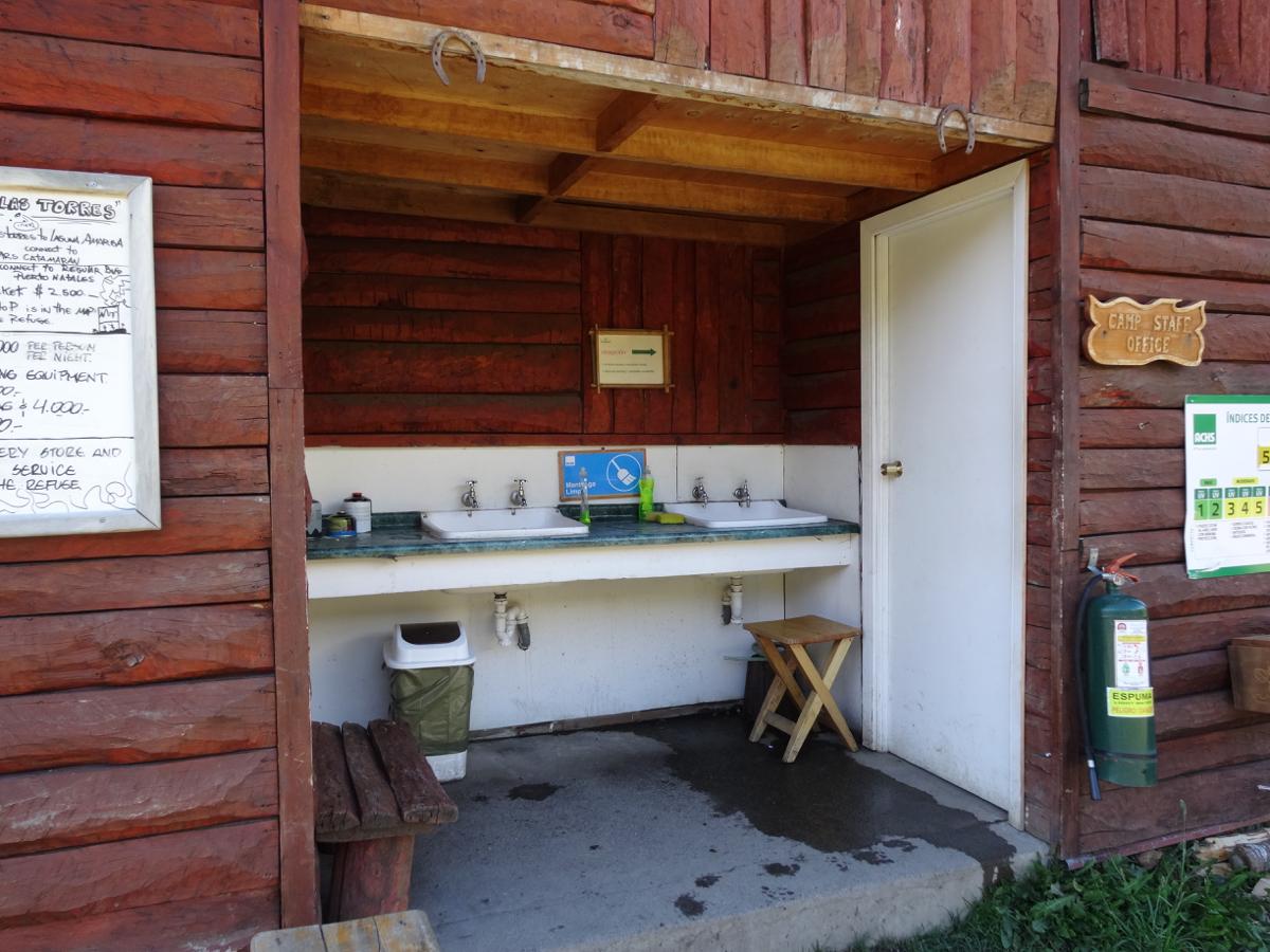The food prep facilities at Camping Las Torres
