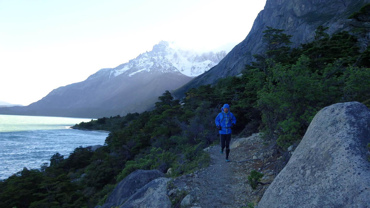 A chilly but beautiful evening run from Los Cuernos campsite