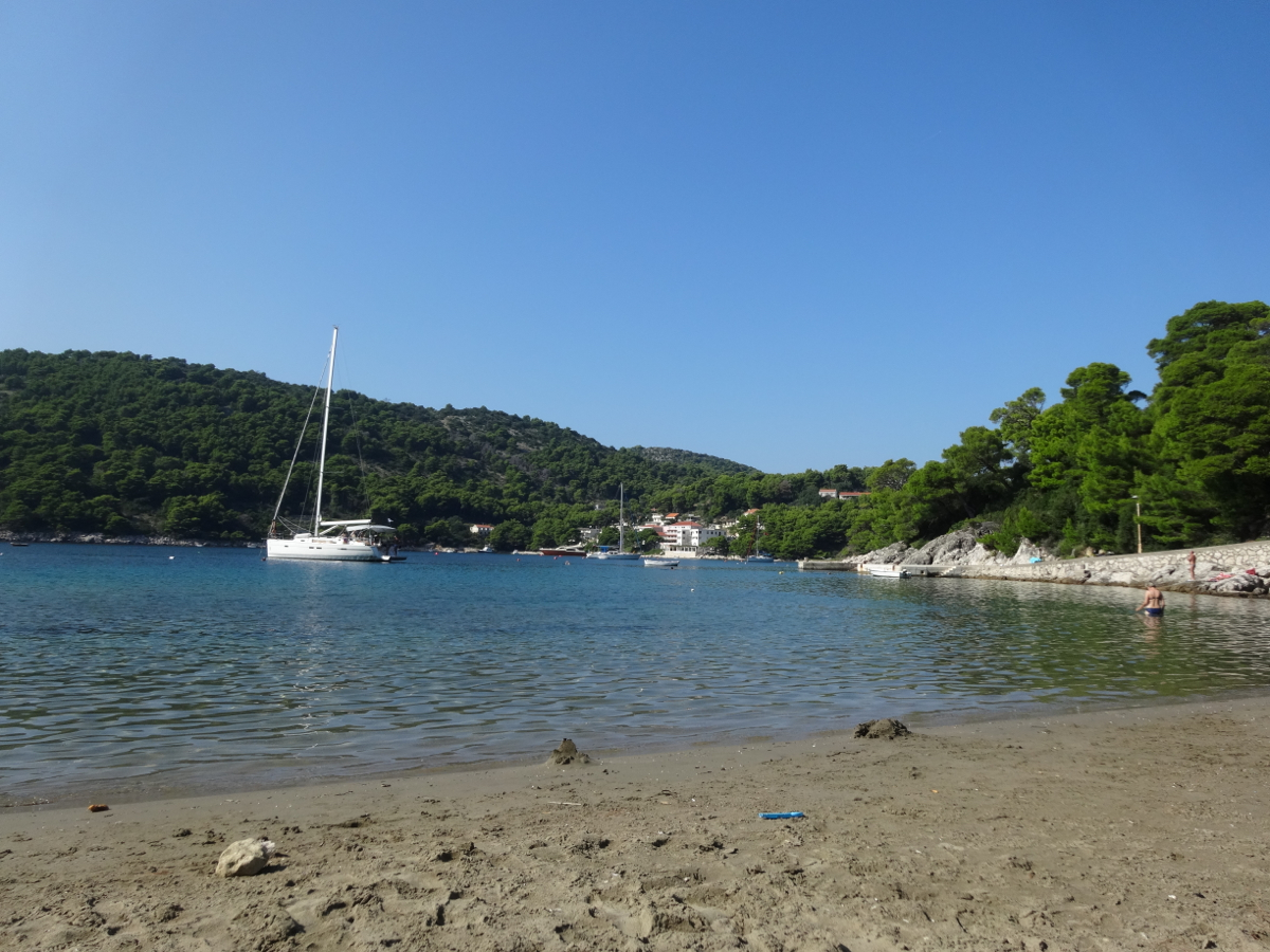 Beautiful quiet bay near the village of Saplunara